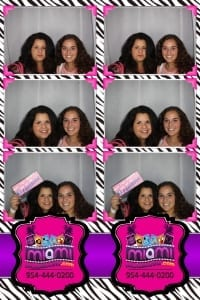Signature-grand-bridal-show-Miami-photo-booth-fun-party-photobooths-20140429_ (20)