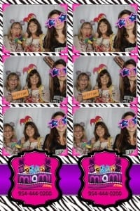 Signature-grand-bridal-show-Miami-photo-booth-fun-party-photobooths-20140429_ (22)