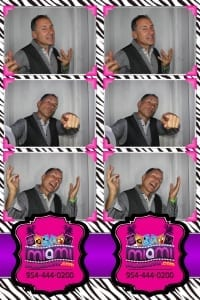 Signature-grand-bridal-show-Miami-photo-booth-fun-party-photobooths-20140429_ (3)