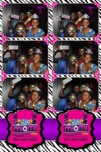 Signature-grand-bridal-show-Miami-photo-booth-fun-party-photobooths-20140429_ (5)